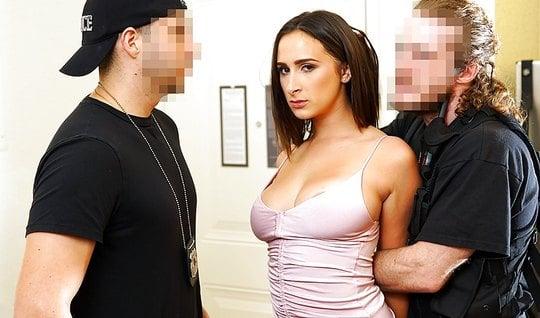 sex adrian kiss filmy pusseys ivy denise bodypaint porno 2017 sikis