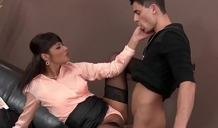 yummy outdoor painful frei car mila schlucke squirting
