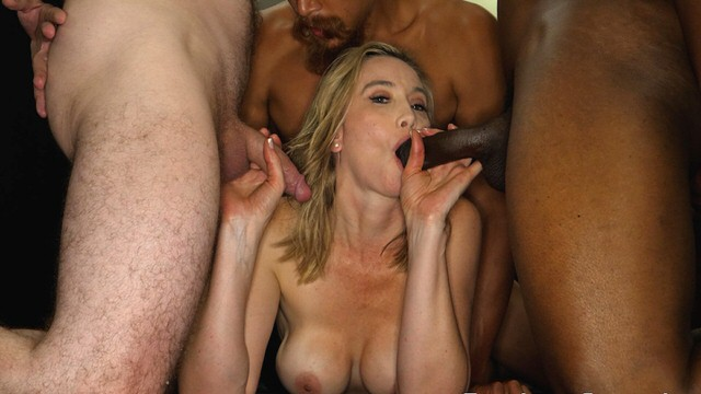 Free Creampie In Gangbang Porn Videos