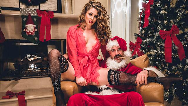 Santa Got A Girl In Gift XXXHD