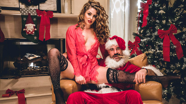 Santa Got A Girl In Gift XXXHD