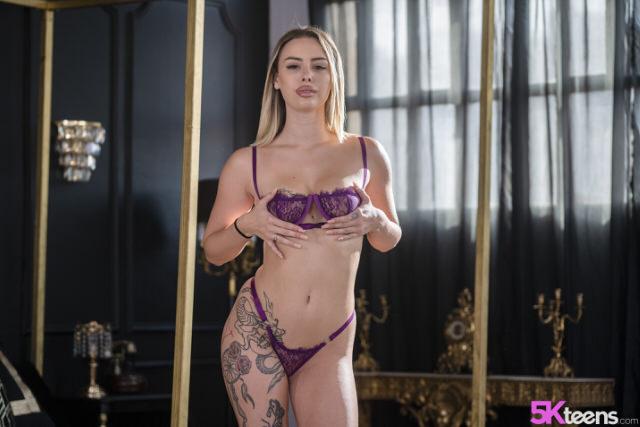 20 year girl XXX Sex Video